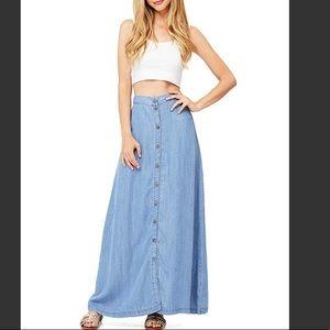Love stitch maxi skirt